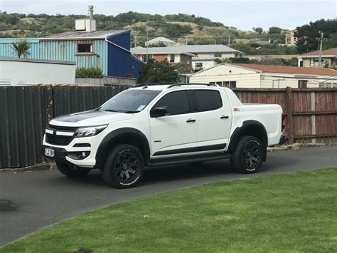 holden wheels holden colorado 2017 2inch lift on 20 quot rims holden