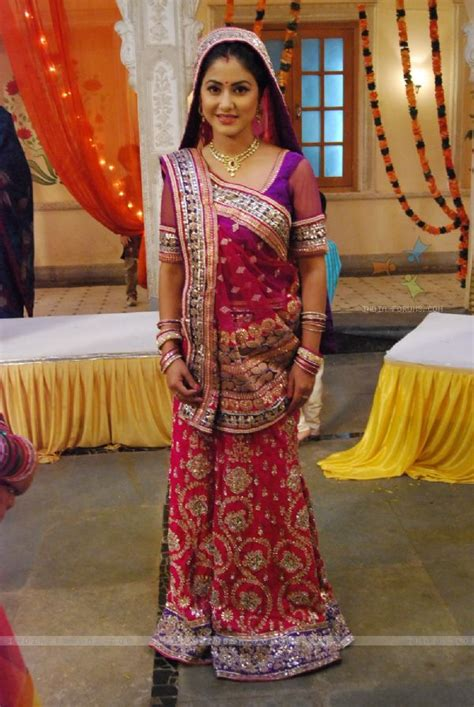most beautiful actress of yeh rishta kya kehlata hai five tv actress who looks the best in saree indian