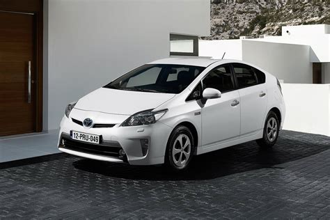 Prius 2016 Awd by 2016 Toyota Prius To Offer Awd Two Battery Options