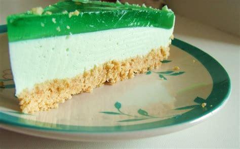 philadelphia kuchen mit g tterspeise verz 252 ckt und zugen 228 ht mmhhhh mit waldmeister