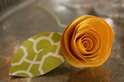 How To Make Rolled Paper Flowers - rolled paper flowers 9 steps with pictures