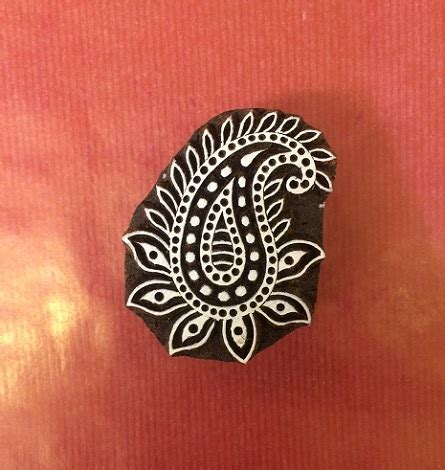 paisley motif hand carved indian block printing st tjap hand carved indian wooden printing block paisley 1
