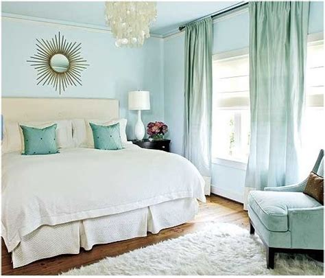 blue and gold bedroom living room inspiration i need you centsational girl