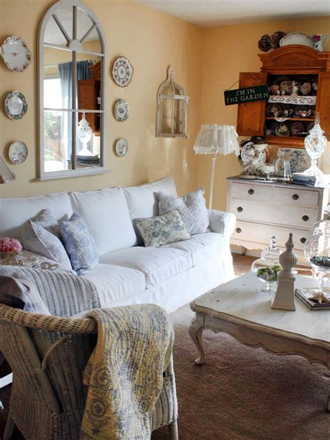 country cottage chic shabby chic living rooms living room and dining room