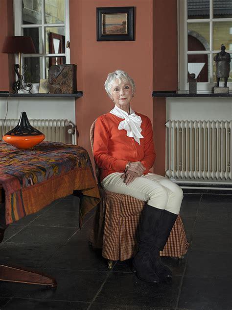 living room portraits bram tackenberg living room portraits photogrvphy