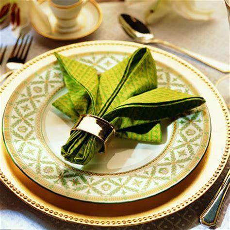 how to fold dinner napkins for a napkin folding fleur de lis napkin