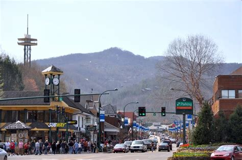 Store Cabin Mall by 17 Best Images About Great Shops In The Smoky Mountains On