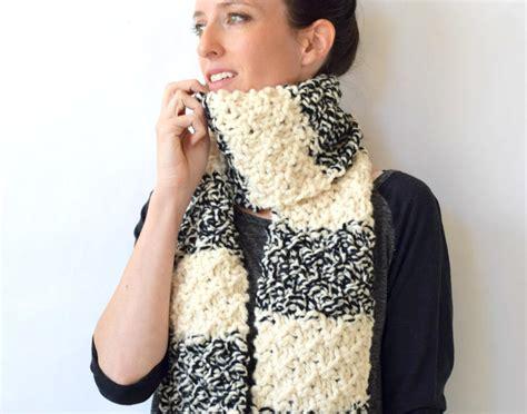 easy knit scarf winter nights easy knit scarf allfreeknitting