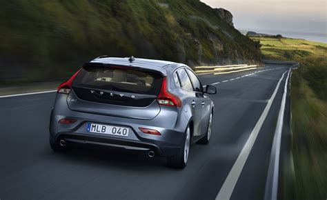volvo official volvo v40 official pictures of premium hatchback