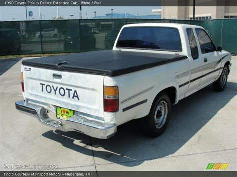 Toyota Paint Warranty Information 1990 Toyota Deluxe Extended Cab In White Photo No