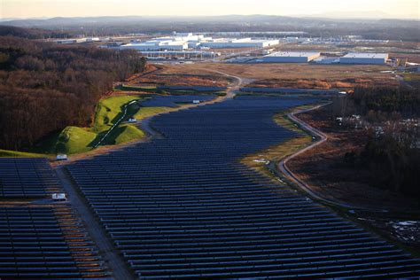 volkswagen chattanooga volkswagen chattanooga powers up largest solar park in