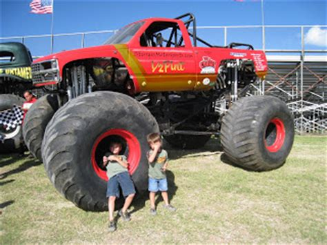 lubbock monster truck show ren 233 salda 241 a jr monster truck show at the lubbock motor