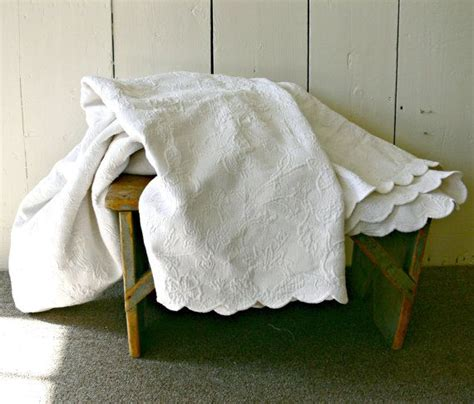 white cotton coverlet vintage matelasse coverlet white cotton queen or king size