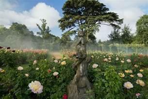 Formal Rose Garden - blenheim palace garden