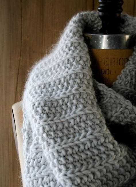 how to knit purl a scarf knit scarf cowls scarves purl bee