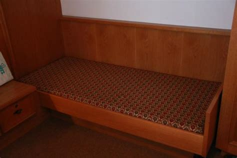 Uncomfortable Mattress by Uncomfortable Bed Mattress Is Really Photo