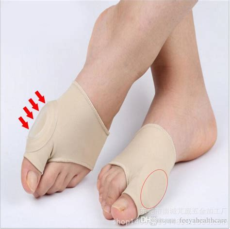 Detox Foot Bandages by Toe Seperator Straighteners Bunion Corrector Sock Foot