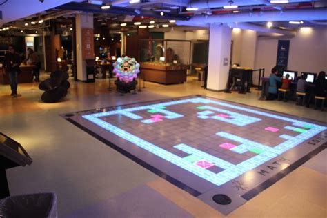 interactive home design nyc momath smooth ride on square wheels foto di national
