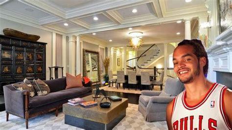 Joakim Noah House by Chicago Bulls Joakim Noah Lists Lincoln Park Mansion