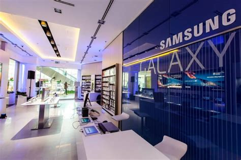shop samsung mobile mobile stores samsung experience store budapest