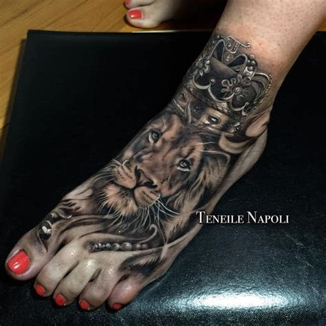 queen lion tattoo best 25 and lioness ideas on