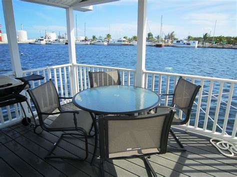 key west house boat rental the green turtle a funky floating cottage homeaway