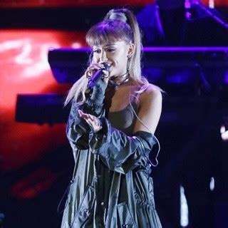 billboard ariana grande biography ariana grande pictures with high quality photos