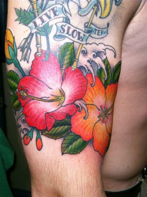 fiore hawaiano tatuaggio 96 immagini con tatuaggi fiori e piante