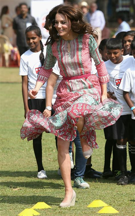 duchess of cambridge duchess of cambridge and prince william arrive in india kate wows in not one but two red dresses
