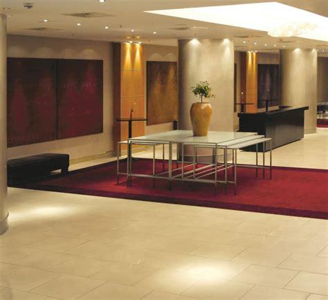 tavoli per buffet steel style tavoli da buffet impilabili con piano in vetro