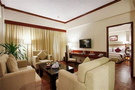 Sofa Ruang Tamu Di Surabaya room picture of hotel sahid surabaya surabaya tripadvisor