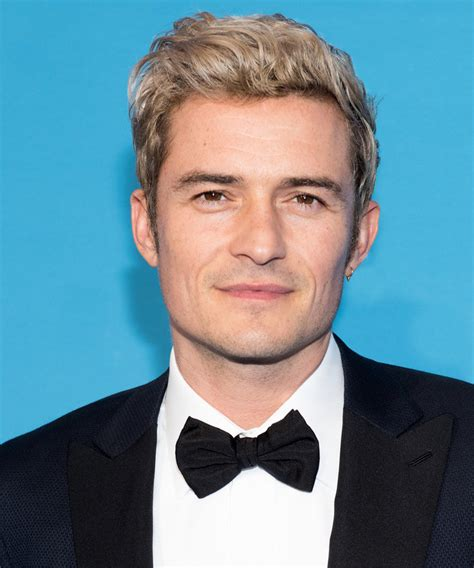 orlando bloom lord orlando bloom does archery with forks at lord of the rings