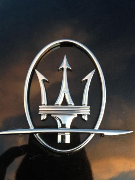 Emblem Tulisan 24 25 maserati emblem www pixshark images galleries with
