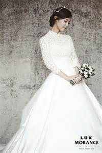 film korea sedih wedding dress photos lee yoon ji in a wedding dress hancinema the