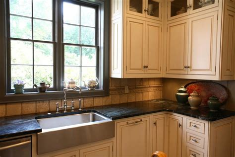brookwood kitchen cabinets brookwood north historic district renovation j burns
