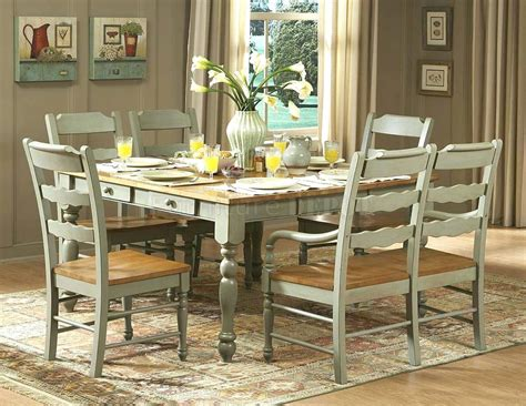 vintage distressed dining room chairs to blend with