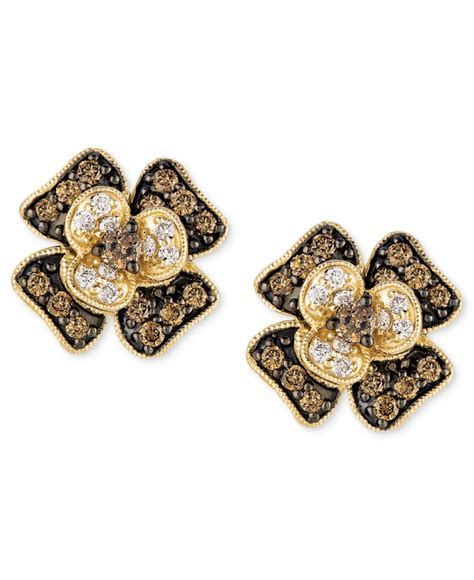 le vian white and chocolate flower stud earrings