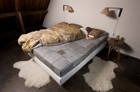 le make this bed duvet covers inspired by a homeless cardboard box