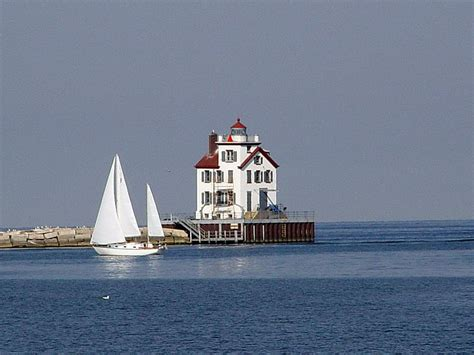 Lorain Records Lorain Oh Lorain S Lighthouse Photo Picture Image Ohio At City Data