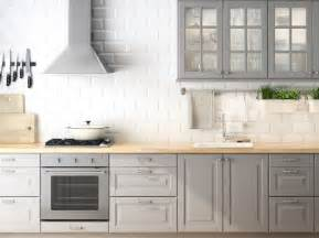 Good Small Kitchen With Island Layout #4: Small-kitchen-color-ideas_travel-mugs_backsplash-with-white-cabinets_tile-flooring-designs-pictures_table-linens-cheap_beautiful-rugs_bronze-chandeliers_seasonal-945x706.jpg