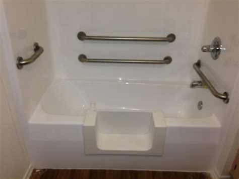 senior bathtubs with doors senior access bathtub conversion los angeles ca porcelain and fiberglass maintenance