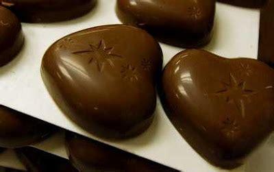 wallpaper coklat gelap kajian coklat gelap mungkin lebih sihat daripada jus buah