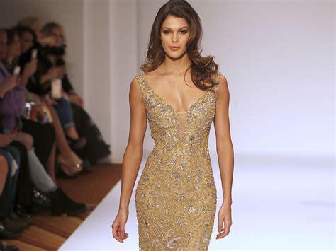 Fashion News Weekly Up Ebelle5 by Iris Mitteneare Premier D 233 Fil 233 De Mode Pour La