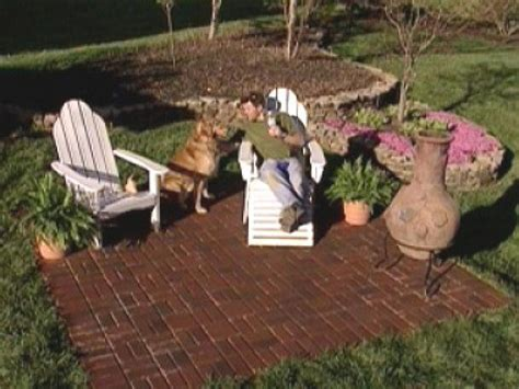 Diy Patio With Pavers How To Create A Brick Patio How Tos Diy