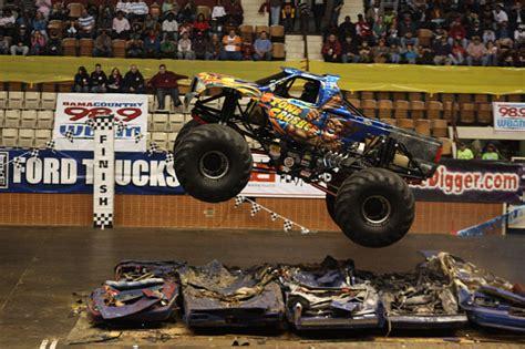 monster truck show montgomery montgomery alabama garrett coliseum january 9 10