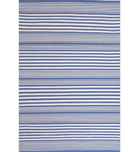 Teppich Blau Weiß Gestreift by Outdoor Teppich Rugby Stripe Blau Gestreift Im Greenbop