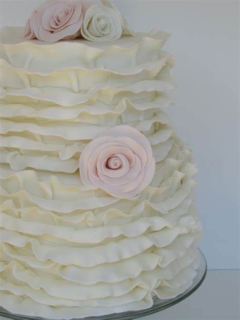 Ruffle Wedding Cake   Cake Decorating Community   Cakes We