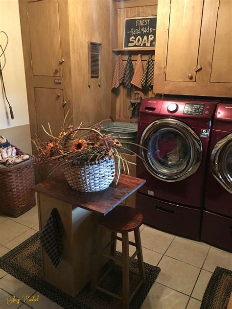 Primitive Laundry Room Decor 17 Best Ideas About Primitive Laundry Rooms On Pinterest Country Laundry Rooms Country