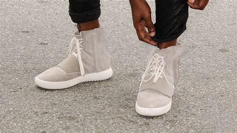 kanye sneaker kanye west wants to make a r418 yeezy sneaker sneakpeak