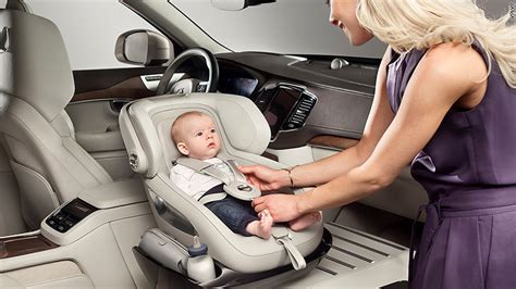 volvo debuts  baby seat   front